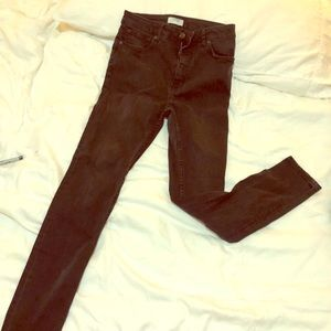 Zara Woman- Premium Denim. Distressed black